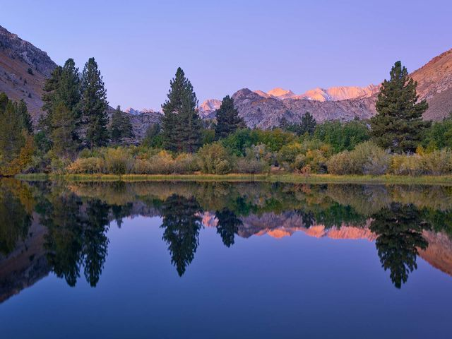 environment, scenery, water, reservoir, artificial lake, man-made lake, lake, WORLD REGIONS & COUNTRIES, North America, United States of America, California, Eastern Sierra Mountains, TIME OF DAY, sun