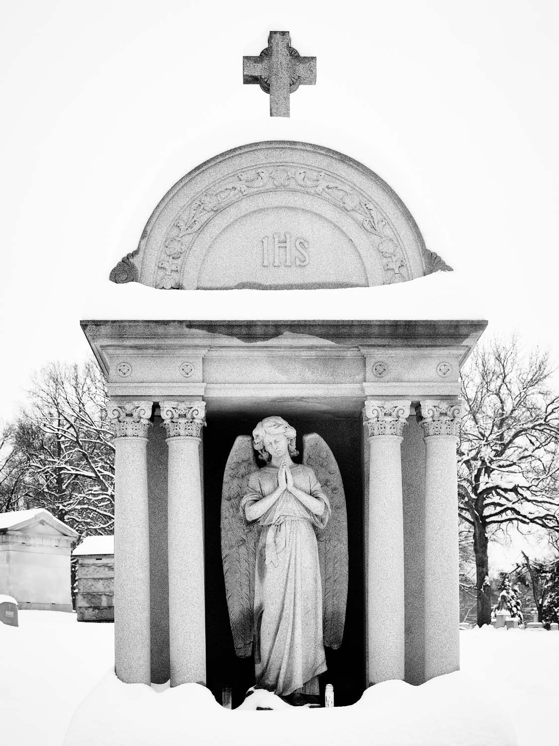 WORLD REGIONS & COUNTRIES, North America, United States of America, Missouri, St. Louis, Calvary Cemetery, architecture, landscape, cemetery, environment, weather, snow, sculpture, death, photo